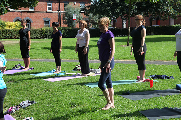 Yoga in the park 042
